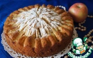 Коктейль Baked Apple Дымный яблочный пирог