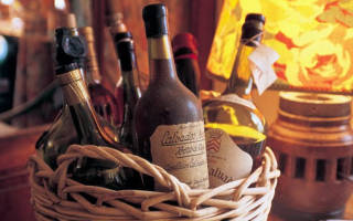 Кальвадос: что это за напиток и с чем его пьют